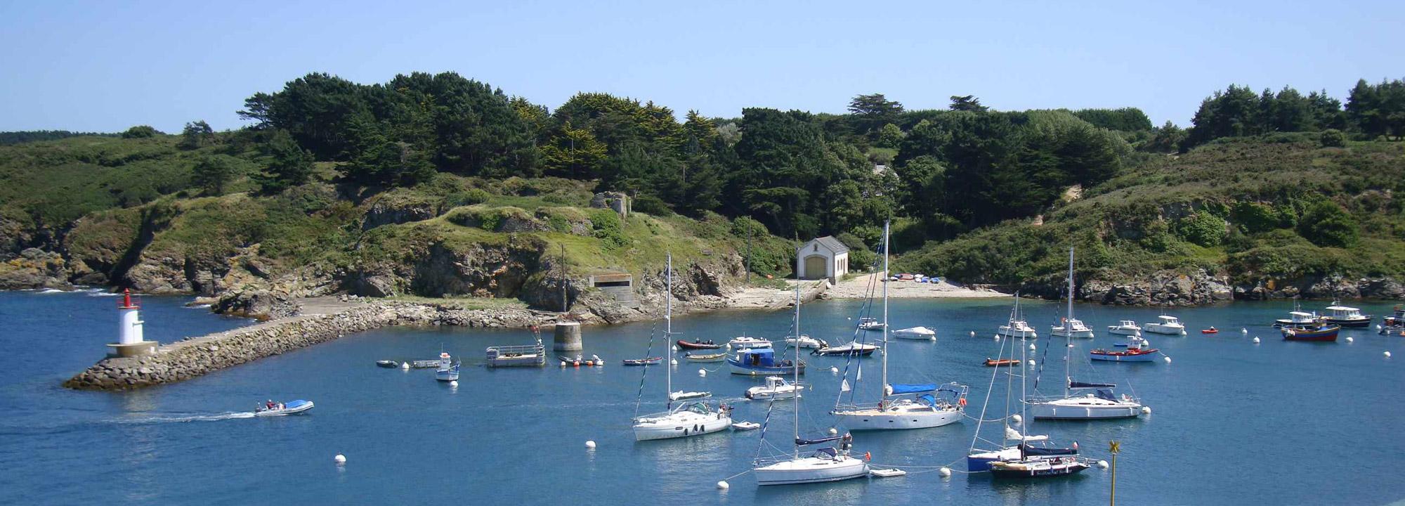 Louez un bateau pour découvrir la Bretagne