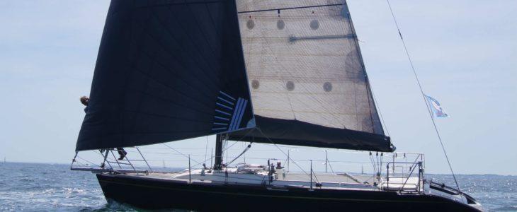 location bateau à voile bretagne sud